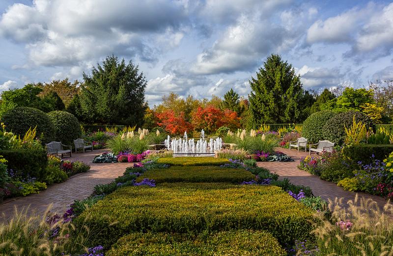 Circle Garden in Fall